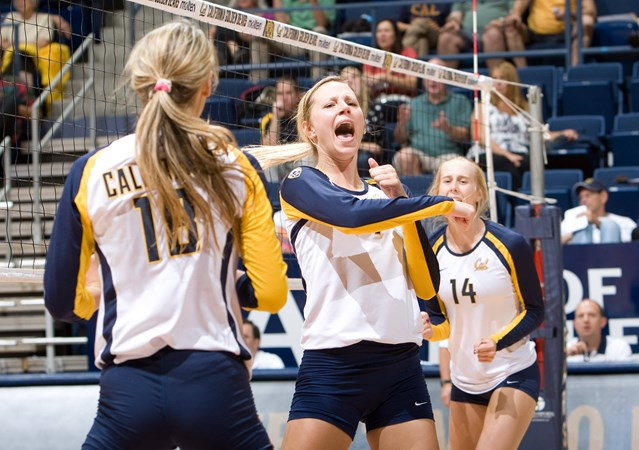Bears Roll Past Nevada In Season Opener University Of California Golden Bears Athletics